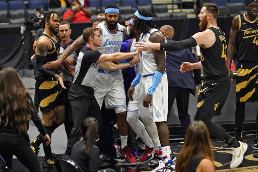 NBA/握不住的他 湖人暴龍意外變衝突