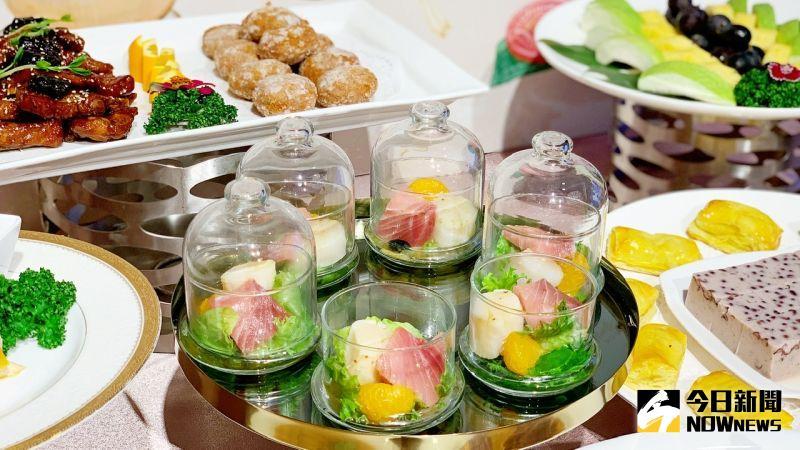 ▲迎賓開胃菜就有5道,熱食料理則完整呈現南部辦桌席菜的精華。(圖/記者陳美嘉攝,2021.04.10)