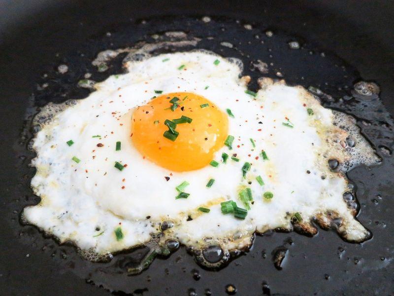 ▲搜狐美食專欄《小乾倩倩的遊戲的美食》指出,荷包蛋在「這時機」起鍋最完美,不僅口感鮮嫩,還會讓你欲罷不能!(圖/取自pixabay)