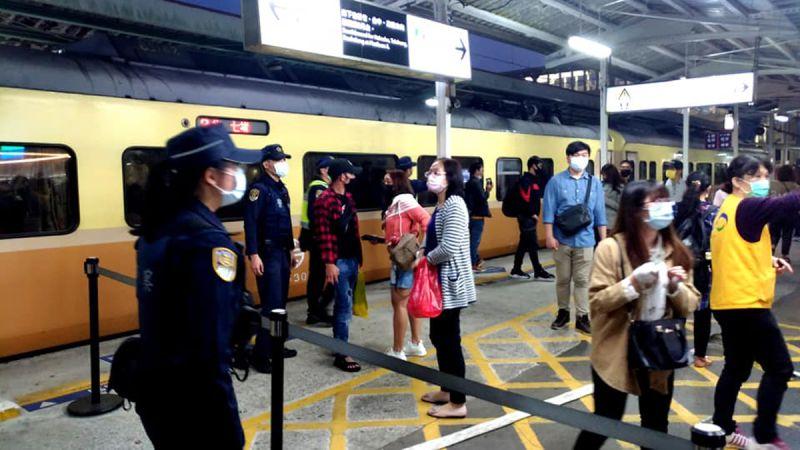 ▲今(21)日台鐵停駛狀況再擴大,宣布平日各級列車46列次、假日各級列車51列次停駛。(示意圖/NOWnews資料照)