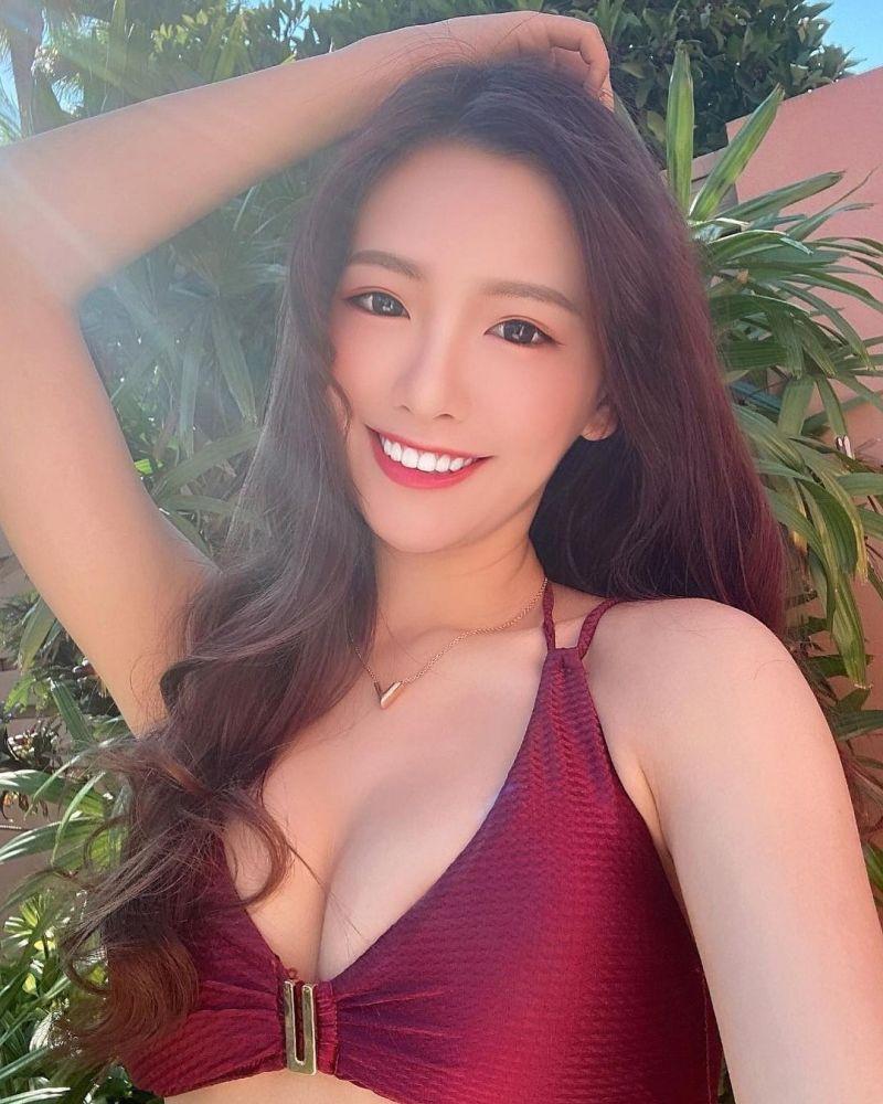 ▲李恩菲笑容甜美、身材惹火。(圖/李恩菲IG)