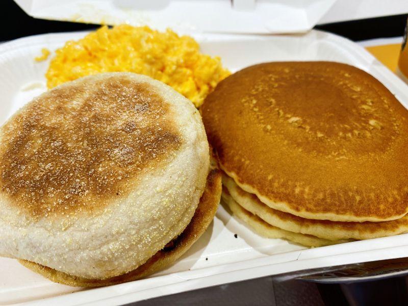 ▲有網友到麥當勞買了鬆餅來吃,沒想到卻意外發現超神吃法,讓他興奮PO文和大家分享。(示意圖/翻攝PhotoAC)