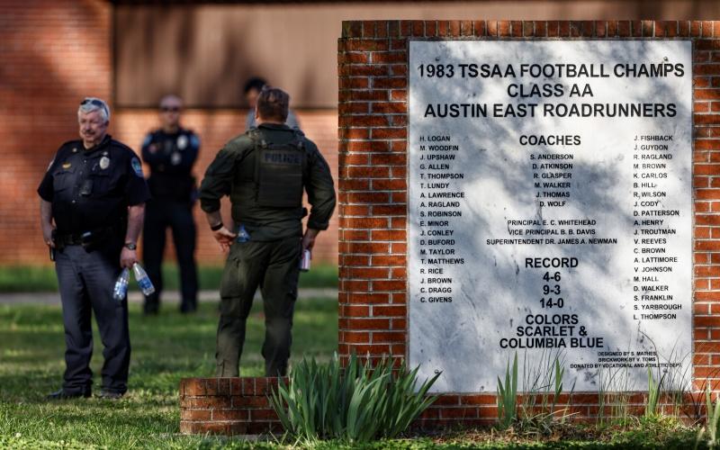 田納西州高中爆槍擊 一死一警受傷