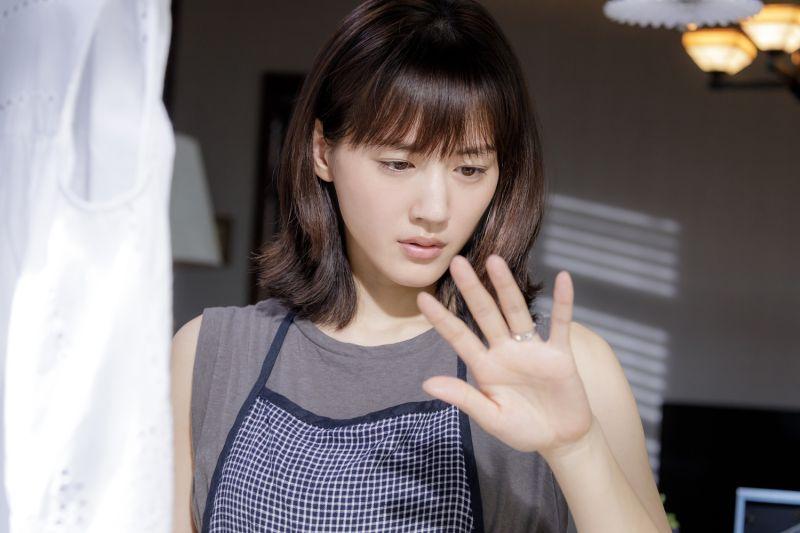 ▲綾瀨遙片中很常跟西島秀俊吵架。(圖/龍祥電影)