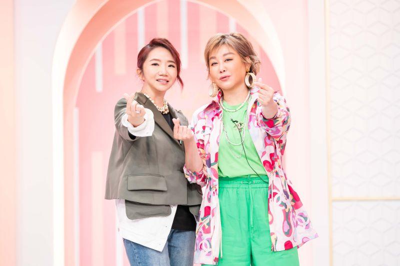 ▲陶晶瑩(左)重返老東家,站台藍心湄節目。(圖/TVBS)
