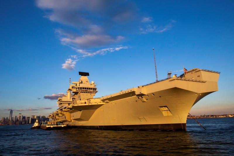 英國航艦駛入南海強調合法 否認挑釁中國