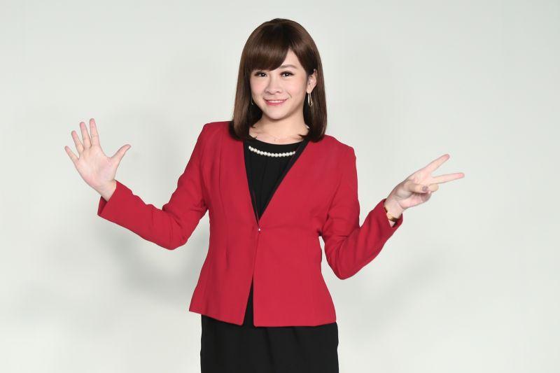 ▲華視主播連珮貝資歷超過11年。(圖/華視)