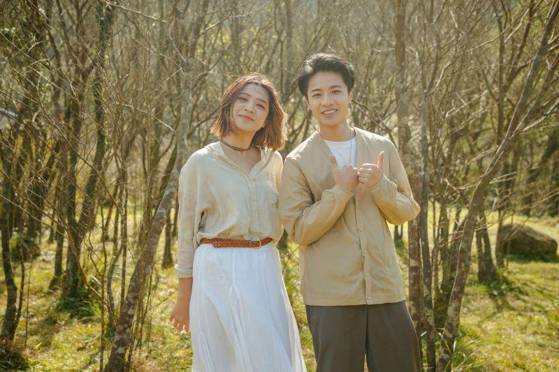 ▲「台版IU」黃宇寒(左)合體比利拍攝新歌MV。(圖/新視紀整合行銷提供)