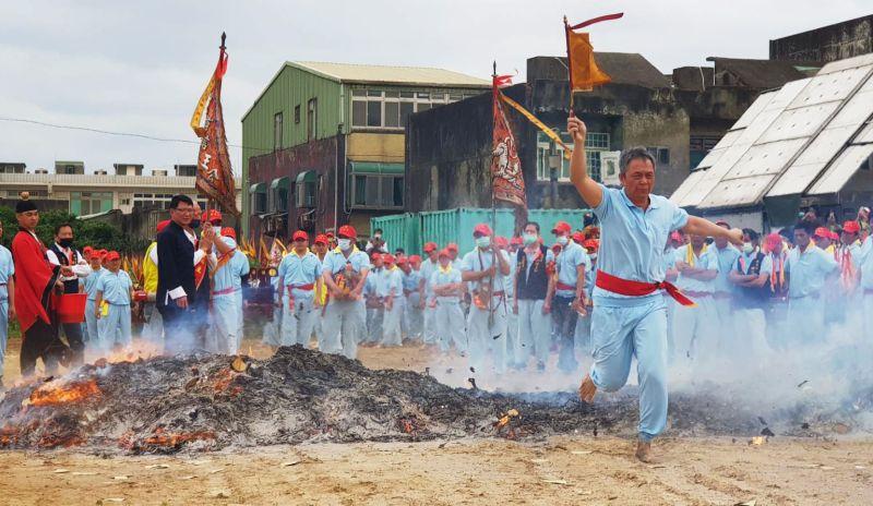 「飛輦轎、過金火」恢復舉辦 福海宮百年文化傳承
