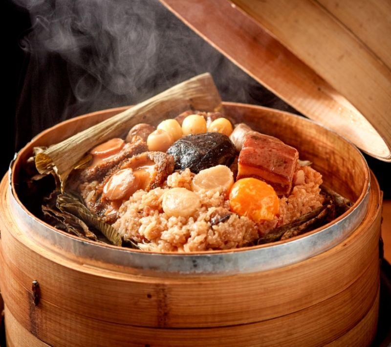▲福華飯店推出吉利八寶裹蒸粽。(圖/福華飯店提供)