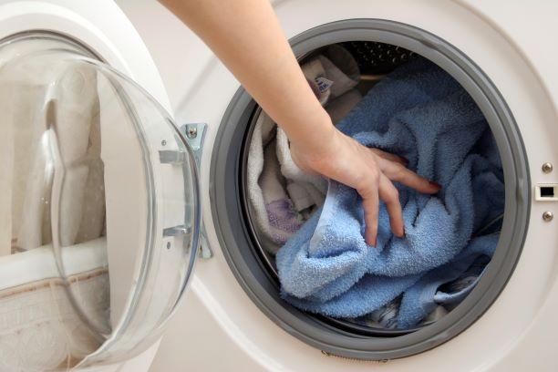 ▲原PO短短一周用完一瓶洗衣精,讓婆媽全傻眼。(圖/NOWnews資料照)