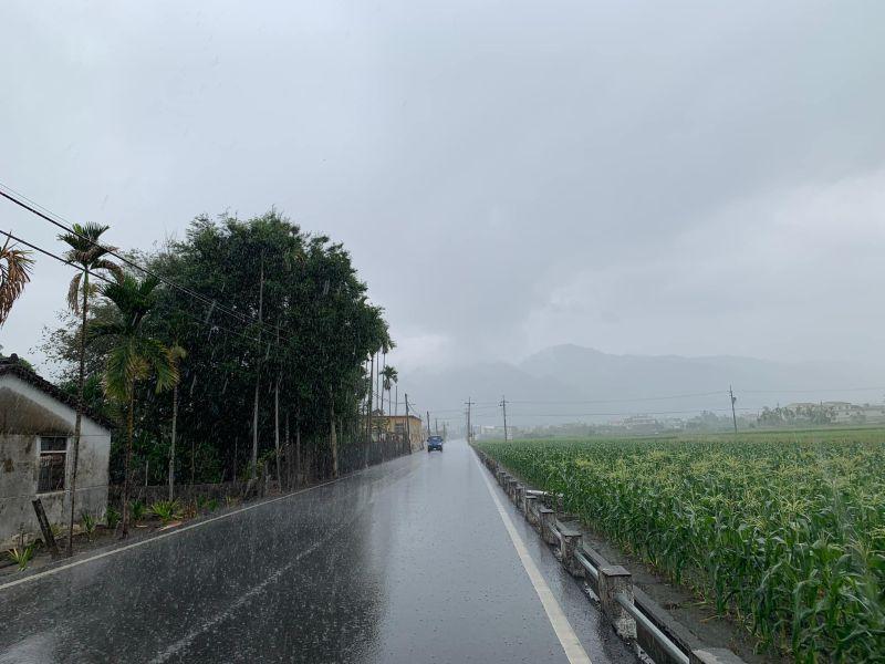 下雨了!台南、高雄、屏東發布大雨特報