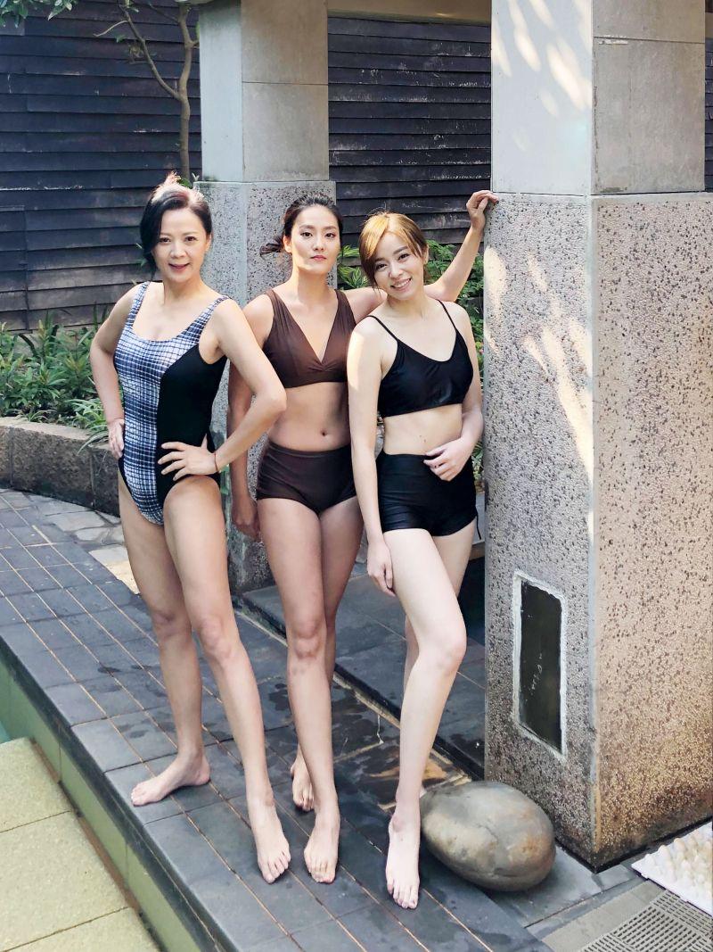 ▲高欣欣(左起)、顏曉筠、王瞳當起網美。(圖/民視)