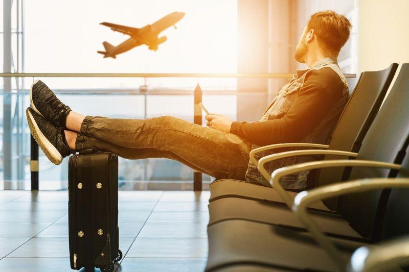 男花千萬買機票被笑蠢!20年後結局曝光 航空公司超後悔