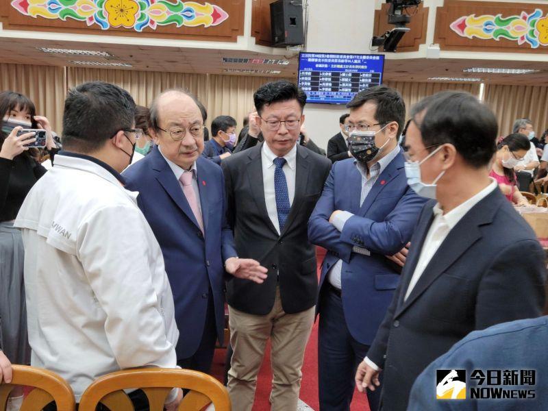 影/藍杯葛國務機要費除罪 郭國文:逼我直接送出委員會