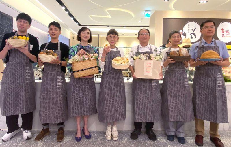 特企/遠百信義A13正式揭幕「吳寶春自己做」線下體驗店