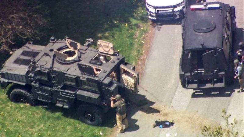 ▲美國北卡羅來納州城鎮布恩(Boone)昨天發生槍擊事件,在警方和嫌犯對峙13個小時後落幕,共有5人死亡,其中包括2名警察及槍手。(圖/美聯社/達志影像)