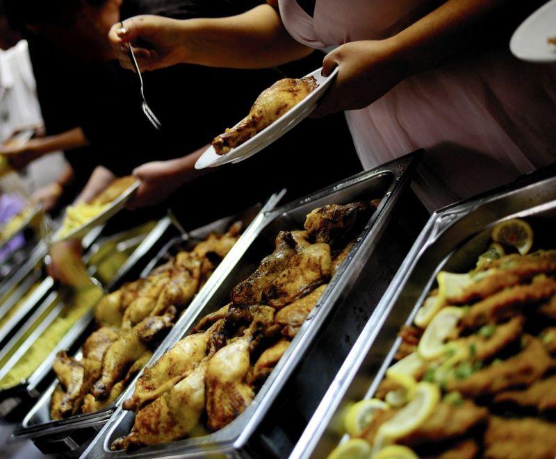 ▲為何自助餐「紅燒肉」很少有?老饕抖出真相。(示意圖/取自pixabay)