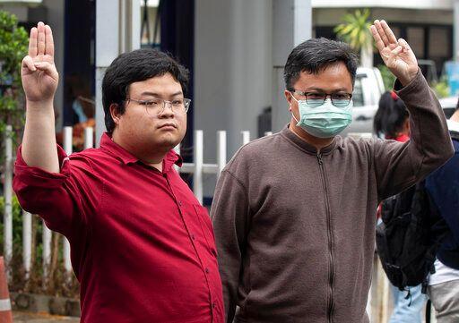 ▲泰國人權律師阿農去年9月遭泰國政府以冒犯君主罪關押在監獄,5月5日在獄中染武漢肺炎。圖為遭關押時的資料畫面。(圖/美聯社/達志影像)