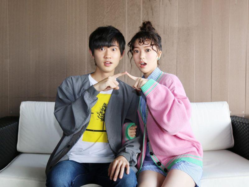 ▲姜典(左)、項婕如譜校園戀。(圖/LINE TV)