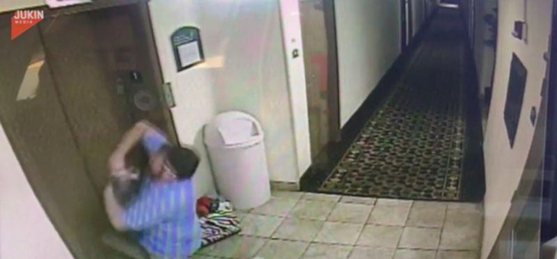電梯夾狗繩猛上升!他出門嚇傻 黃金「搶救5秒畫面」曝