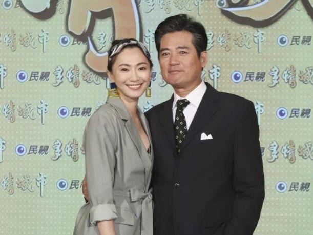 ▲侯怡君(左)與蕭大陸修復婚姻裂痕。(圖/民視)