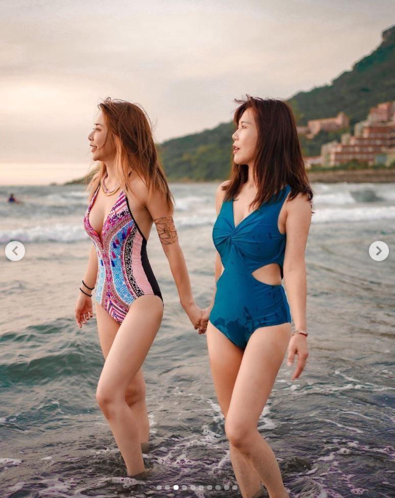 ▲梓梓(左)和美魔女媽媽相處像朋友。(圖/翻攝梓梓IG)