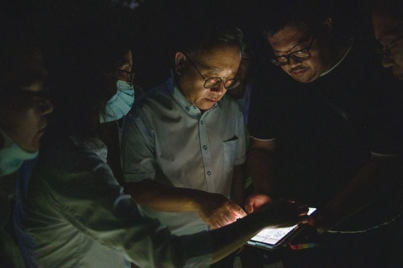 ▲在自然光下,史哲認為,減光、弱光、惜光,更將會是2022台灣燈會與以往不同之處。(圖/截自史哲臉書)