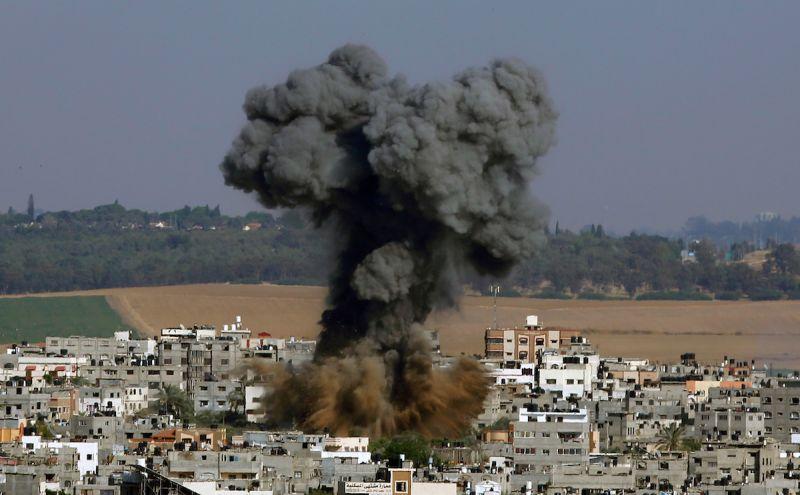 以色列空襲擊垮加薩大樓 哈瑪斯火箭射特拉維夫