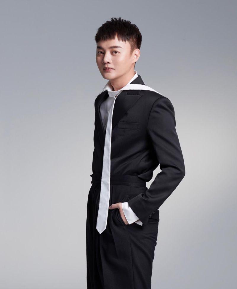 ▲許富凱七度角逐台語男歌手。(圖/和樂音樂)