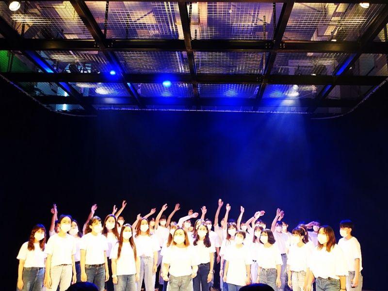 ▲具備絲瓜棚架多功能表演場域「橫山劇場」讓學生在校期間即擁有與業界相同的工作環境。(圖/樹德科大提供