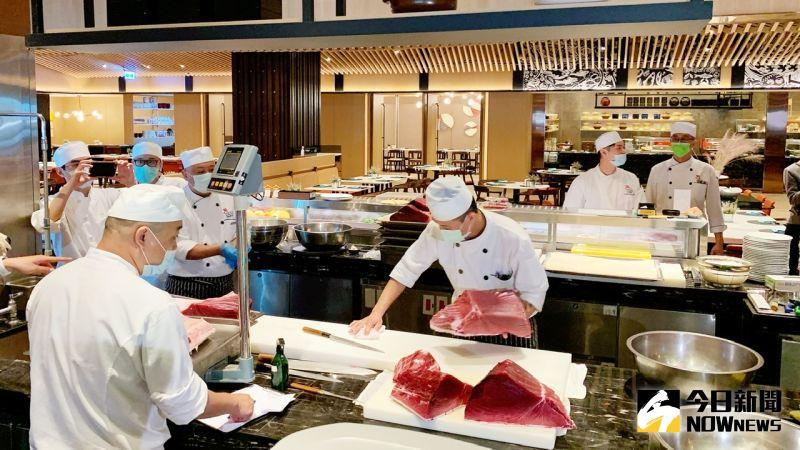 ▲高雄萬豪酒店獻上黑鮪美食祭,黑鮪魚料理限量推出。(圖/記者陳美嘉攝,2021.05.11)