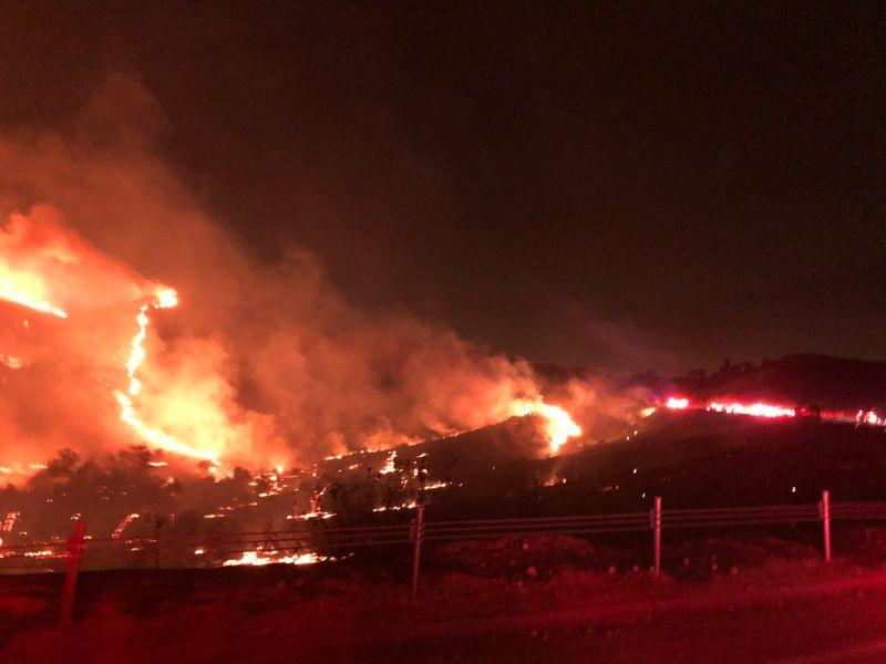 ▲2020年加州遭到堪稱是有史以來最嚴重的野火季襲擊。資料畫面。(圖/美聯社/達志影像)