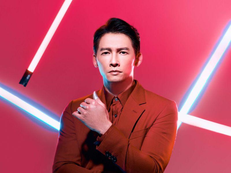 ▲璀璨之星形象大使溫昇豪展現沉穩時尚。(圖/伊林娛樂提供)