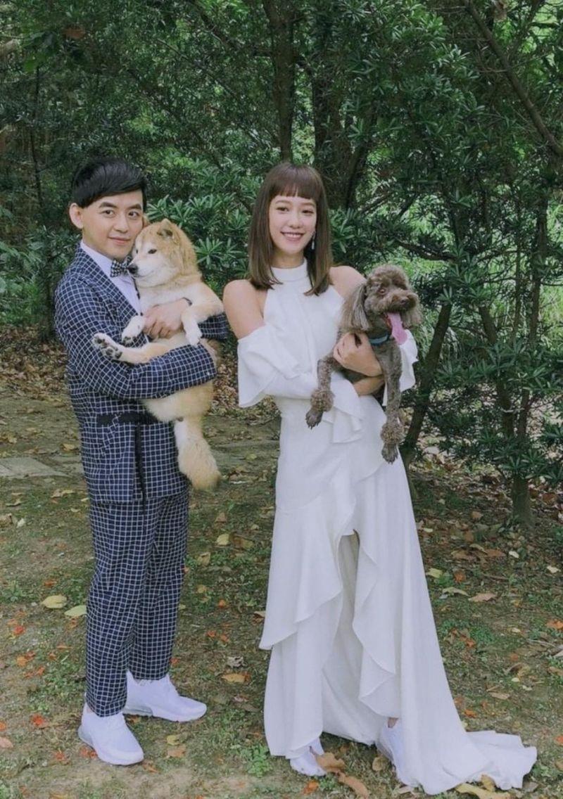 ▲黃子佼(左)與孟耿如婚紗照。(圖/大鵬傳播提供)