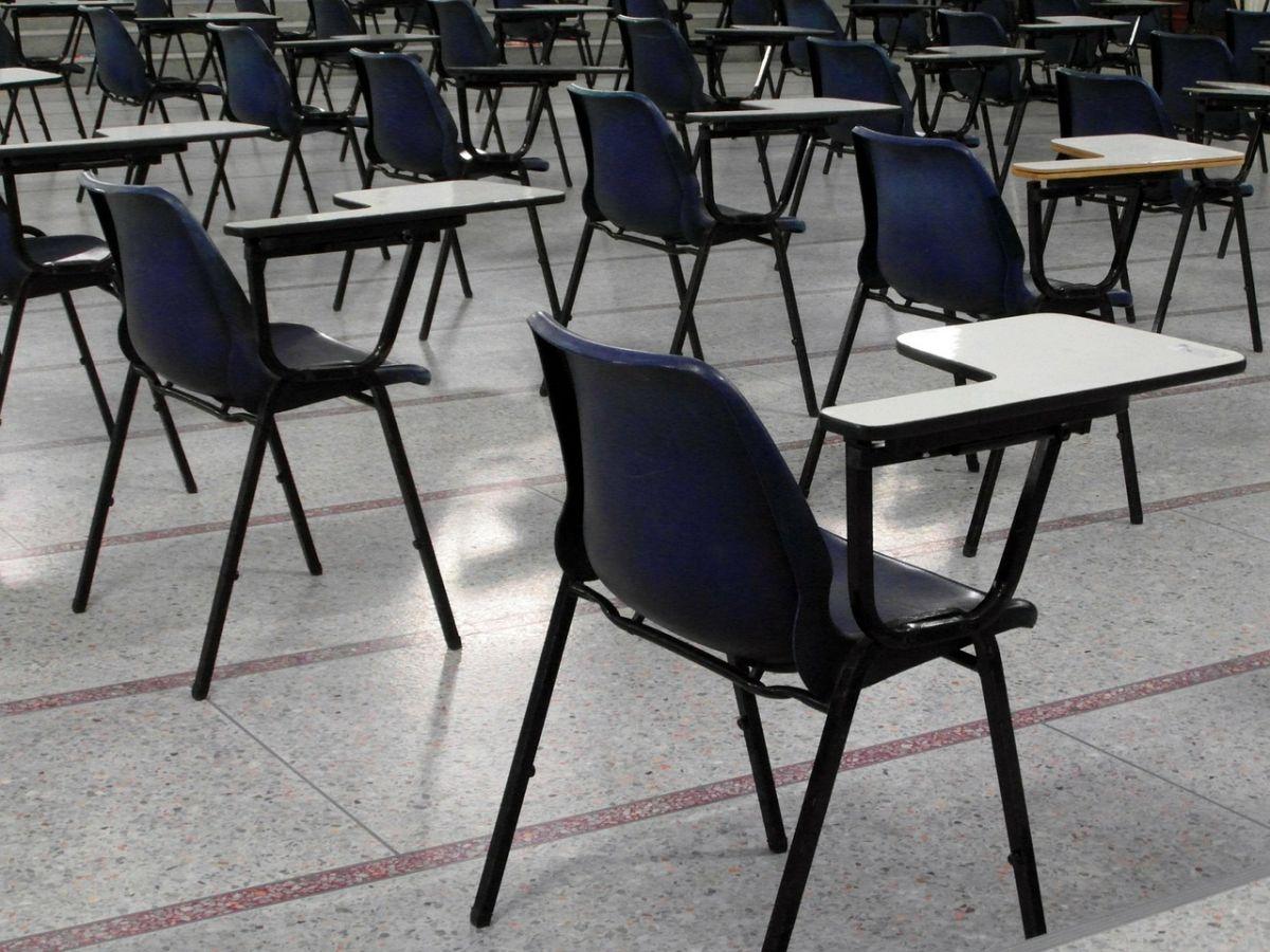 ▲印度近日舉行國家教師考試,沒想到竟有考生用「拖鞋」作弊,價值還高達60萬盧比。(示意圖/取自《Pixabay》)