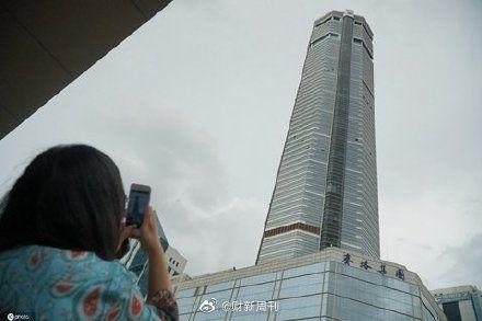 中國賽格大廈「詭異晃動」民眾嚇逃 專家:可能是共振