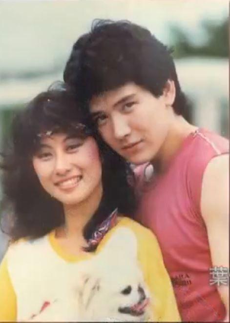 ▲葉蒨文(左)、費翔曾是歌壇金童玉女。(圖/翻攝《魯豫有約》)