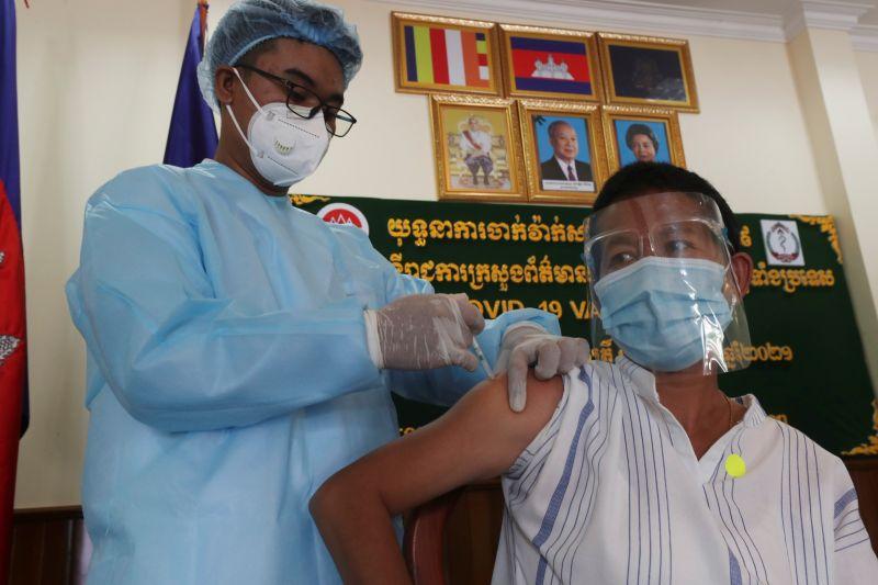柬埔寨拚全體免疫 再收百萬劑中國疫苗
