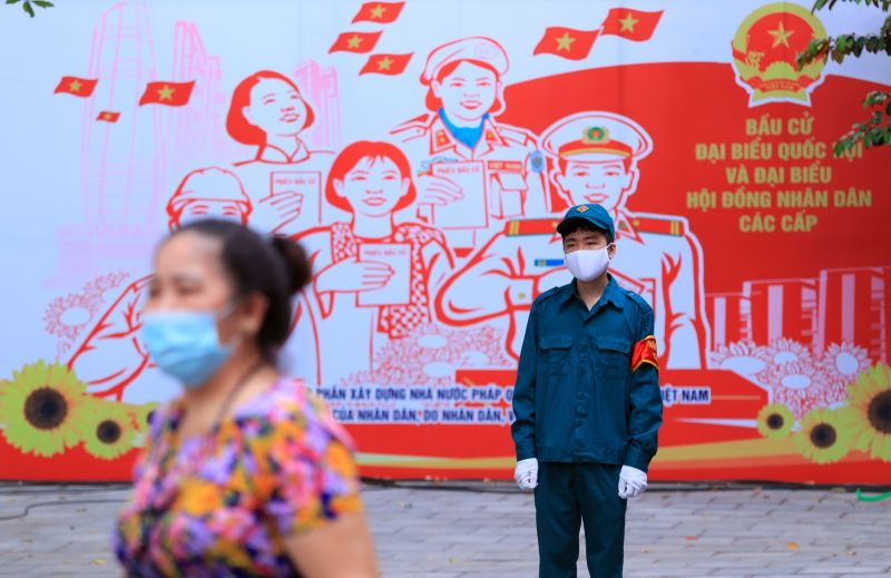 越南增近6千確診創高 南部19省市祭行動限制