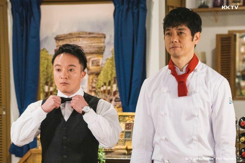 ▲西島秀俊(右)除了做菜,更斜槓兼差當偵探。(圖/KKTV)
