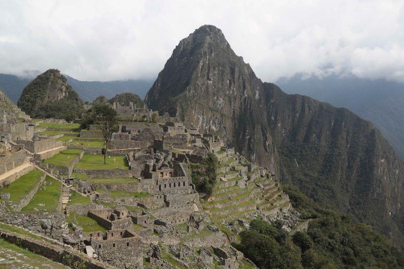 算法改變 秘魯COVID-19人均死亡數躍全球最高
