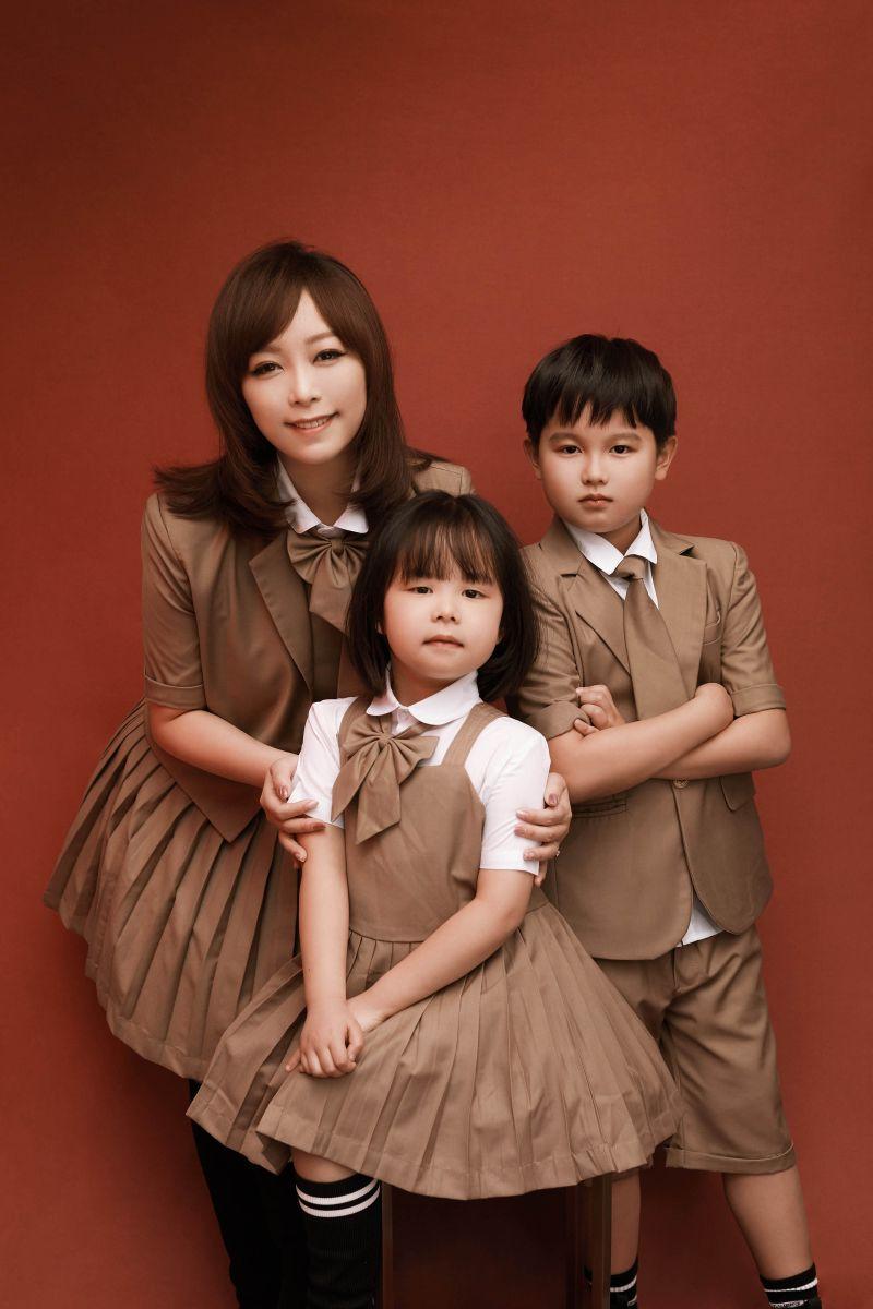 ▲「小蜜桃姐姐」朱安禹的一雙兒女組團出道。(圖/瑀寶文化傳播提供)