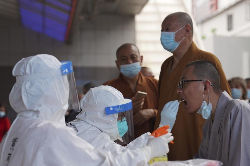 中國廣州千萬人接種卻疫情延燒 民眾質疑疫苗有效性