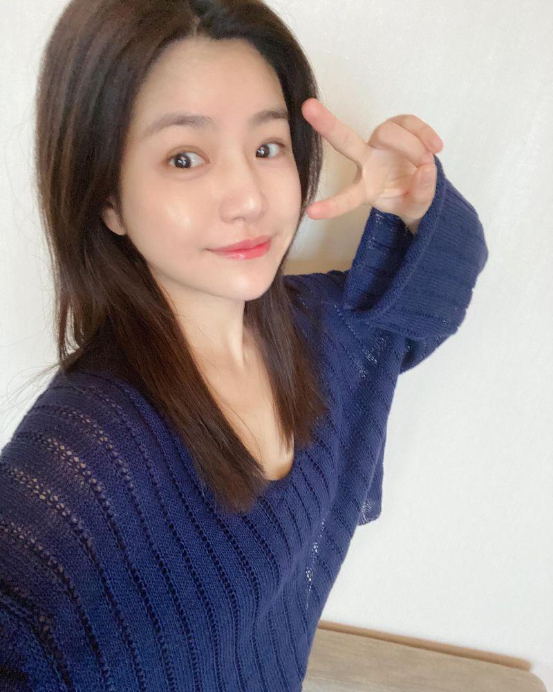▲陳妍希發素顏照慶生。(圖/陳妍希臉書)