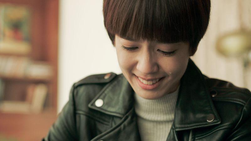 ▲陳庭妮收到遺書而落淚。(圖/公共電視、myVideo提供)