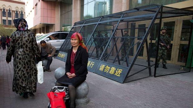 ▲美國德裔學者曾茲最新研究分析,中國政府正在透過生育政策,提高漢人在新疆的人口比例。(圖/美聯社/達志影像)