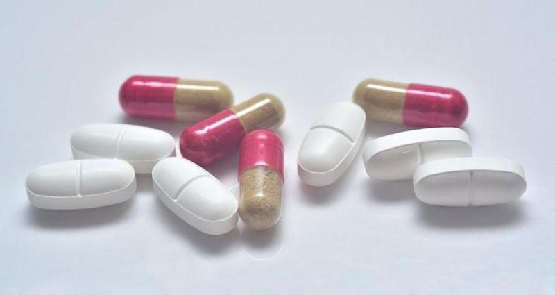 ▲「頭花千金藤素」和「奈非那韋」被確認可阻止新冠肺炎,兩種合併使用效果更佳。示意圖。(圖/翻攝自Pixabay)