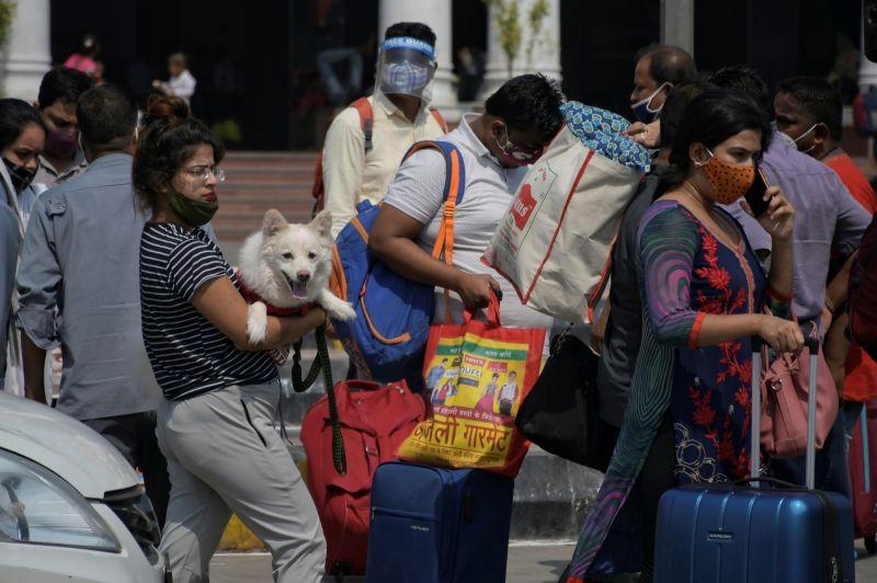 印度新增病例創2個多月來最低 大城市局部開放