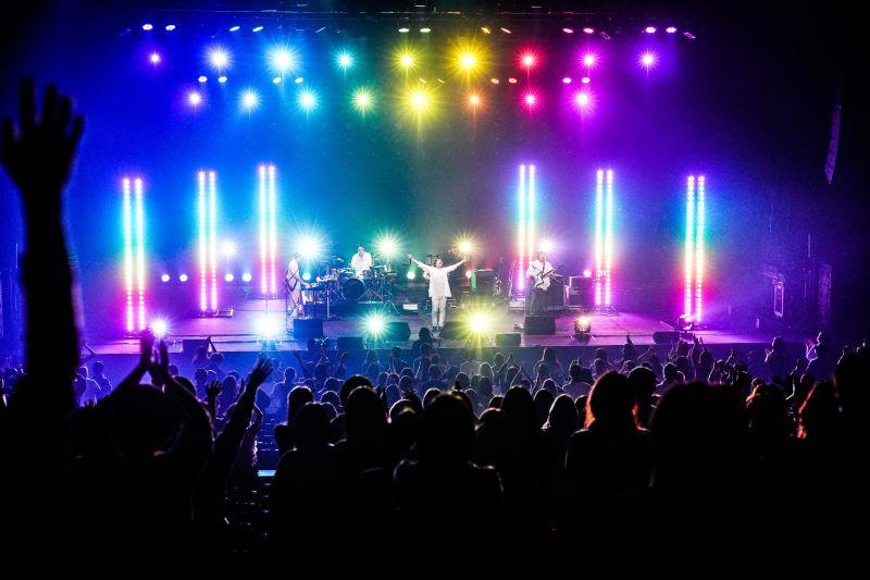 ▲日本民眾現在參加演唱會,都不能尖叫。(圖/相信音樂)